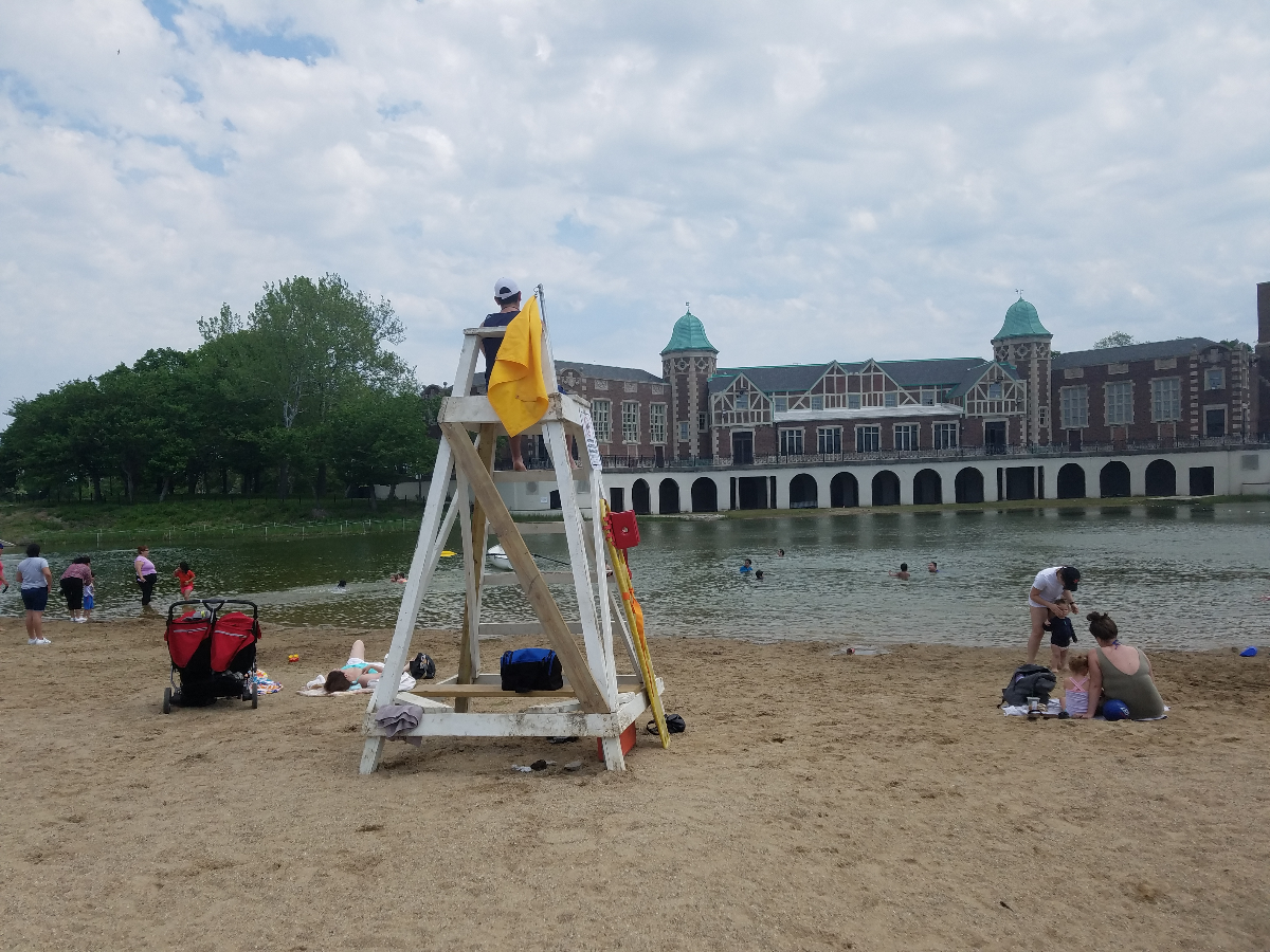 A yellow flag on the lifeguard stand at Humboldt Park Beach on May 28, 2018. (Monica Eng/WBEZ)