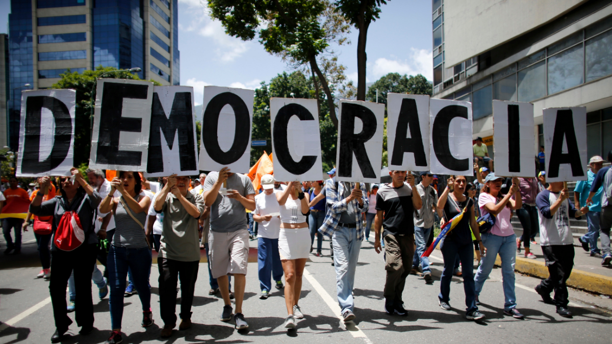 """In New Book, Scholars Assess """"How to Save a Constitutional Democracy"""""""