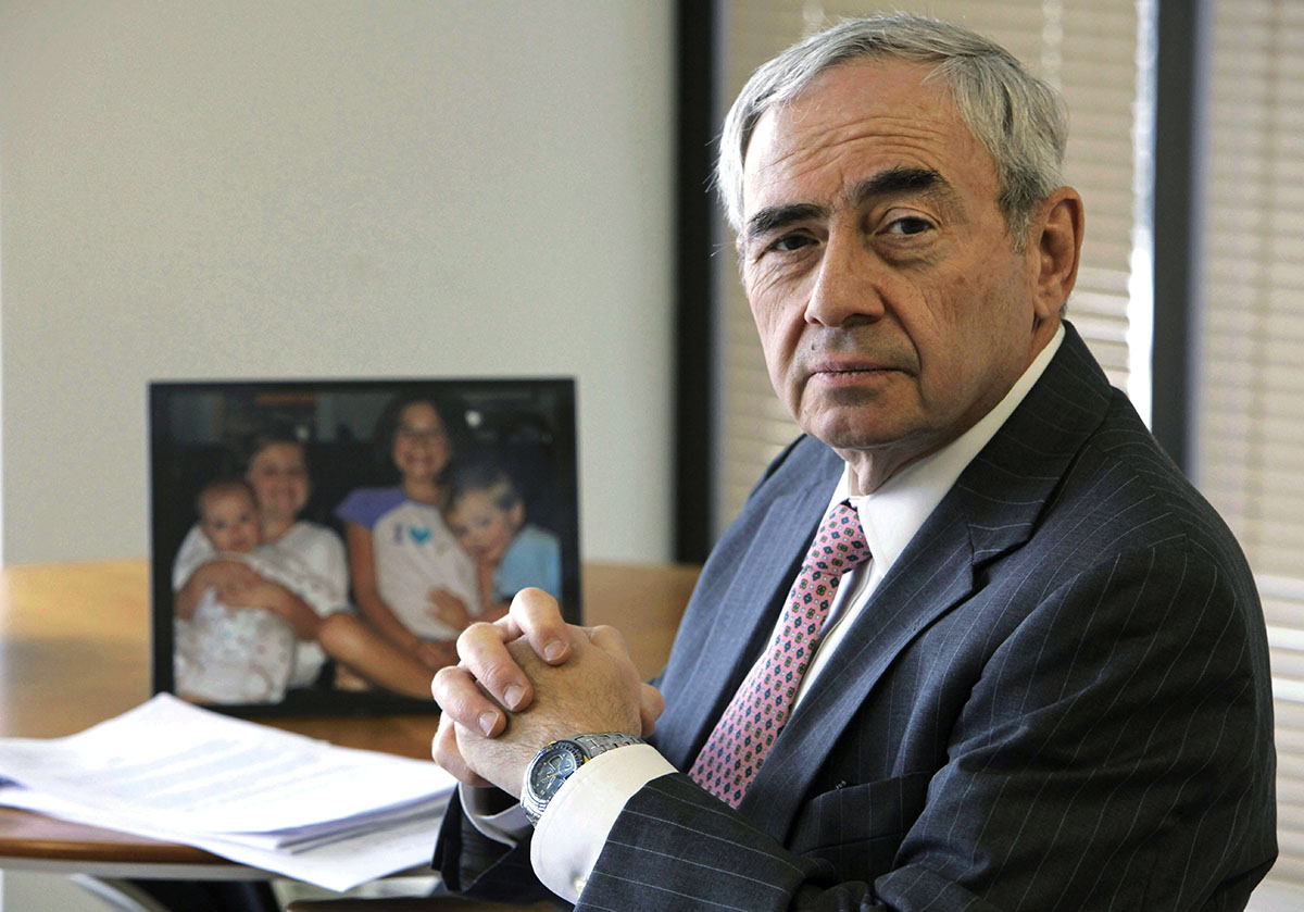 Chicago attorney Michael Shakman poses in his office in 2009. (M. Spencer Green/AP Photo)