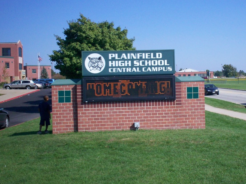 Students at south suburban Plainfield's high schools can only avoid detention for participating in a walkout if they also meet state lawmakers in a forum after school. (Wikimedia Commons/Babytexcoco)
