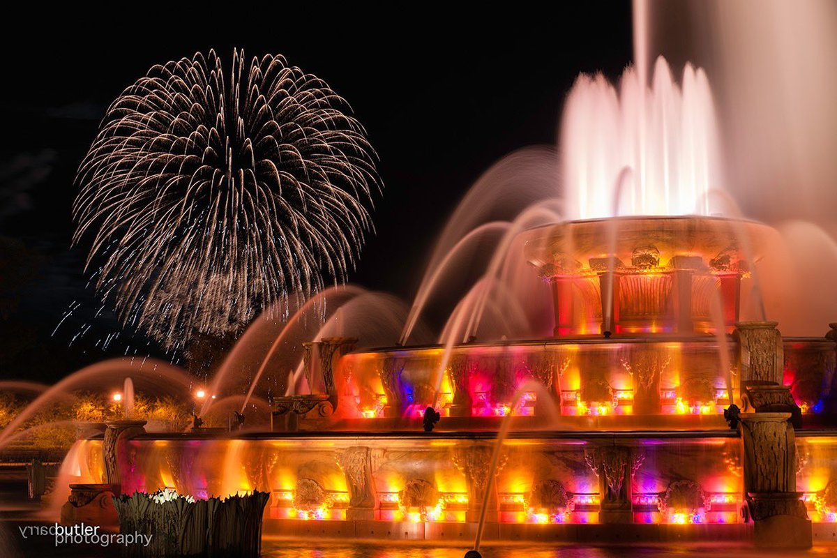 Barry Butler _ Buckingham Fountain