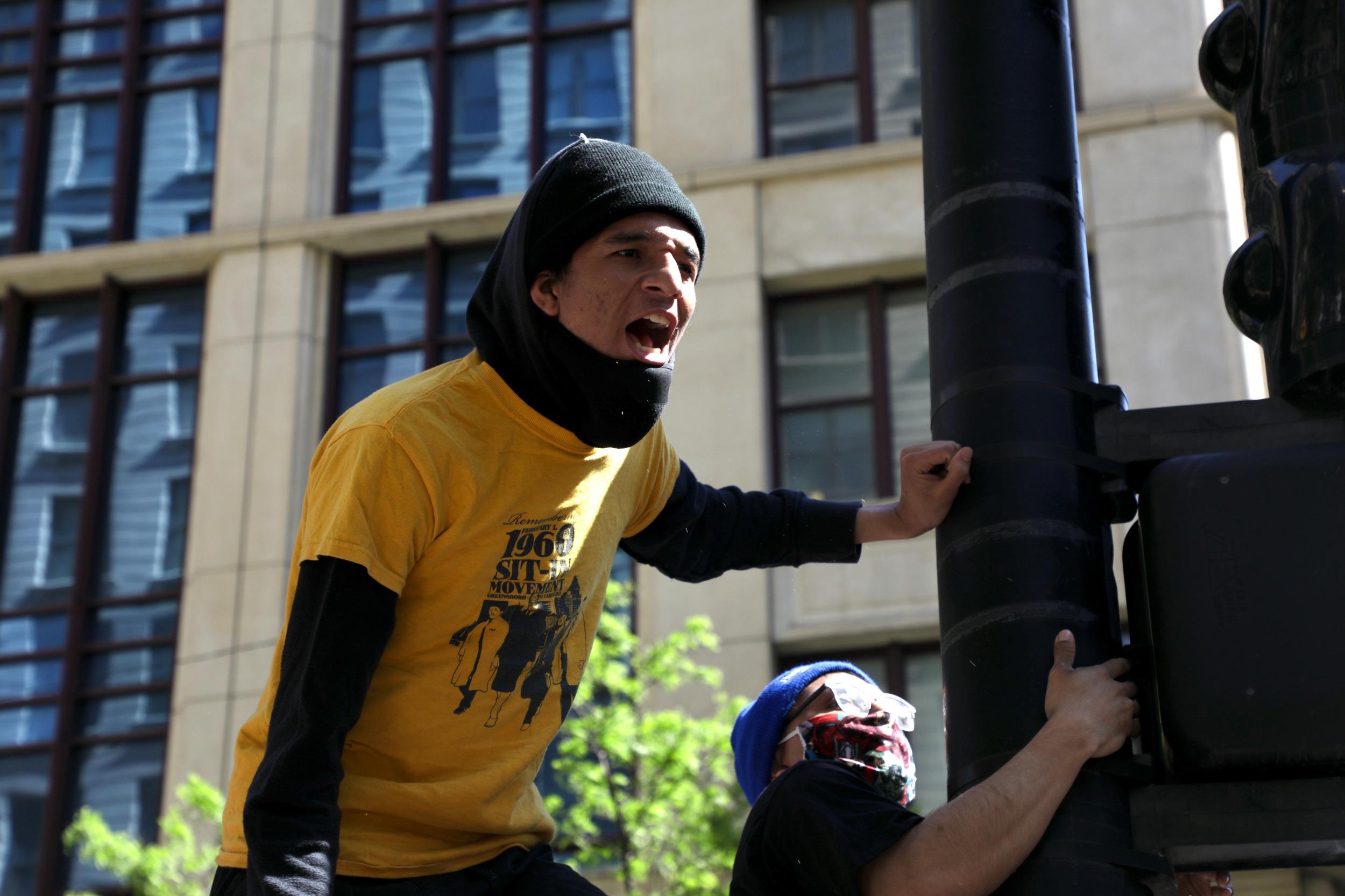 Man yelling Floyd protest