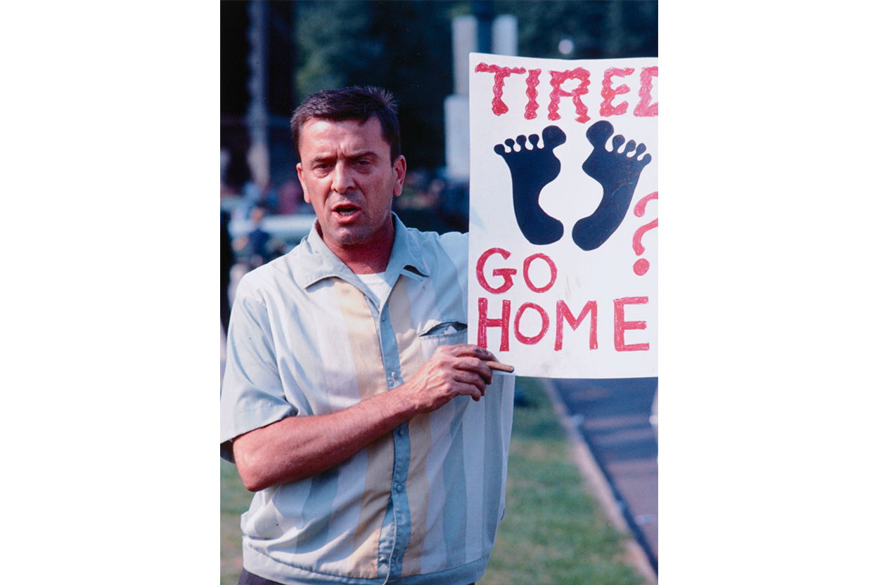 A man protesting a Chicago Freedom Movement march on August 5, 1966. (Collection of the Smithsonian National Museum of African American History and Culture, Gift of Bernard J. Kleina and Susan Keleher Kleina, © Bernard J. Kleina)