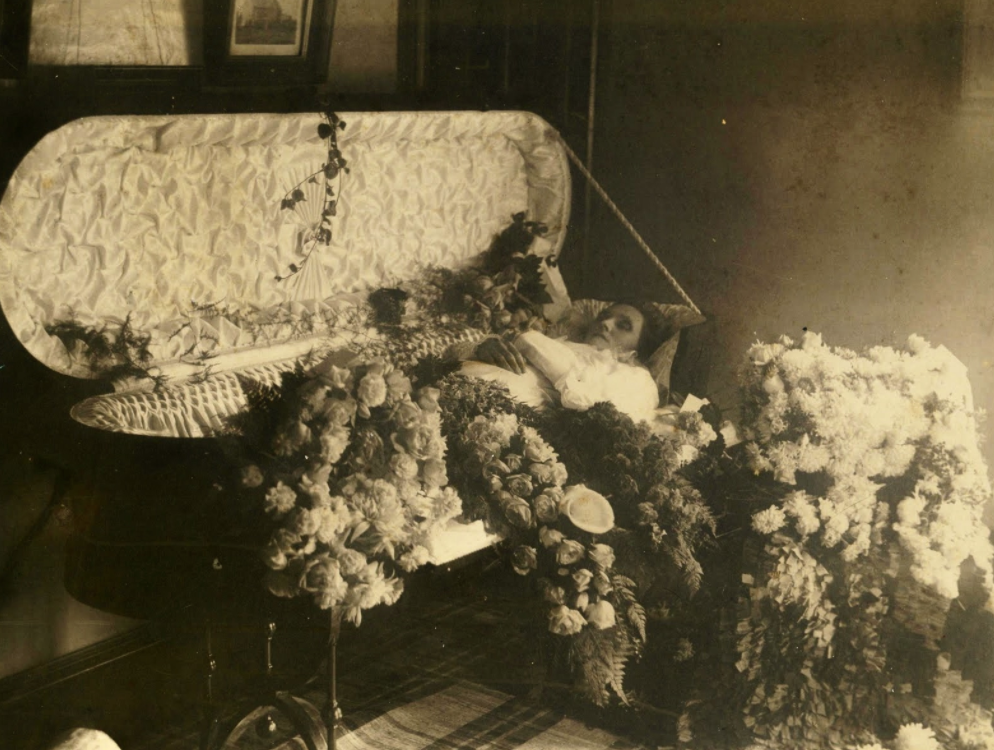 During the 19th century, house parlours were common spaces to hold funerals. (Courtesy Order of the Good Death)