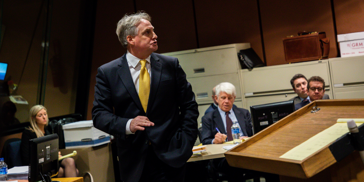 Attorney James McKay representing David March delivers opening statements on the first day of the trial on Tuesday, Nov. 27, 2018. (Zbigniew Bzdak/Chicago Tribune/Pool).