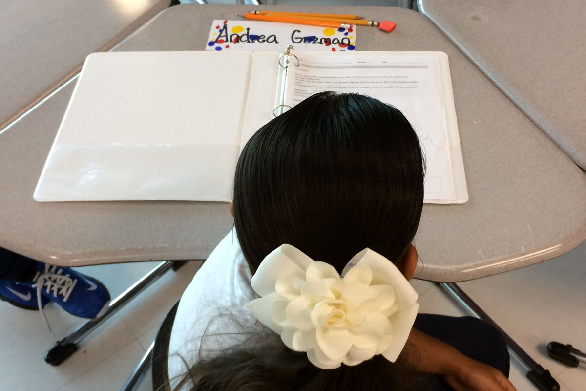 A third grader works at her desk at Idár Elementary. (Linda Lutton/WBEZ)