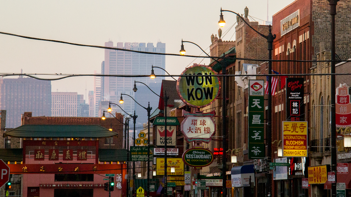 Looking north on Wentworth Avenue in Chinatown in November 2016. (WBEZ/Andrew Gill)