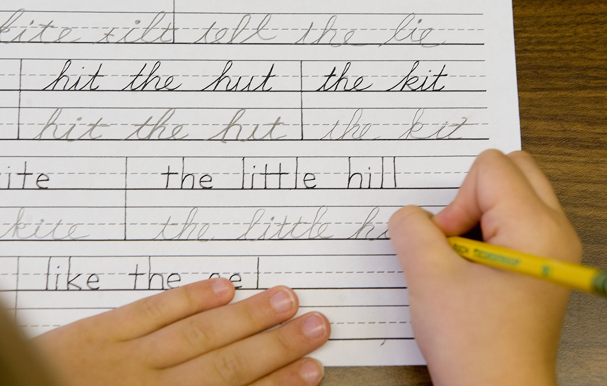 Illinois Districts Must Adopt Cursive Writing In 2018-2019 School Year | WBEZ