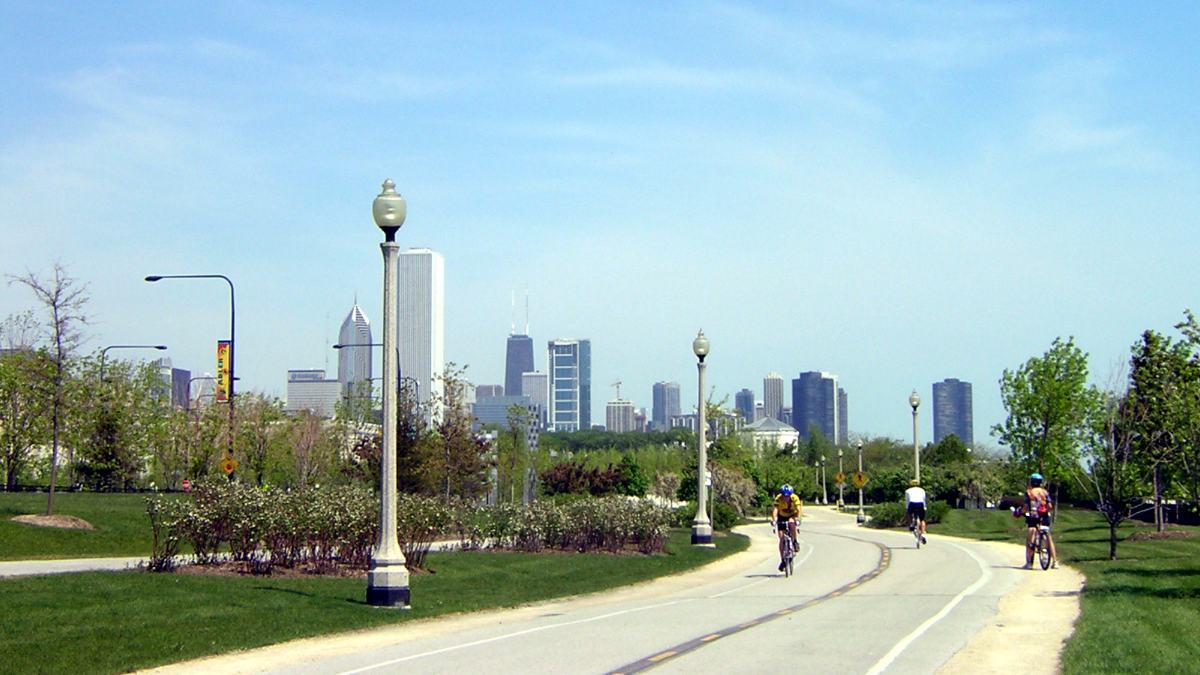 Chicago's lake front trail. (Ken Ratcliff/Flickr)