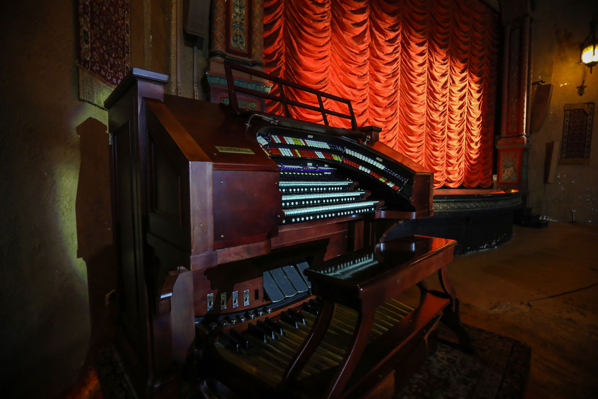 Music Box Theatre organ