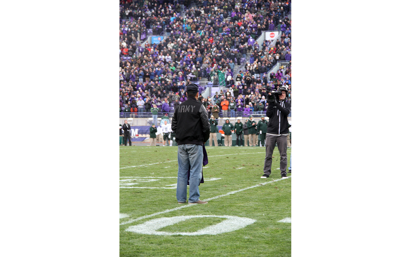 Northwestern University recognizes a veteran at an October 2017 football game. (Courtesy Jianing He)