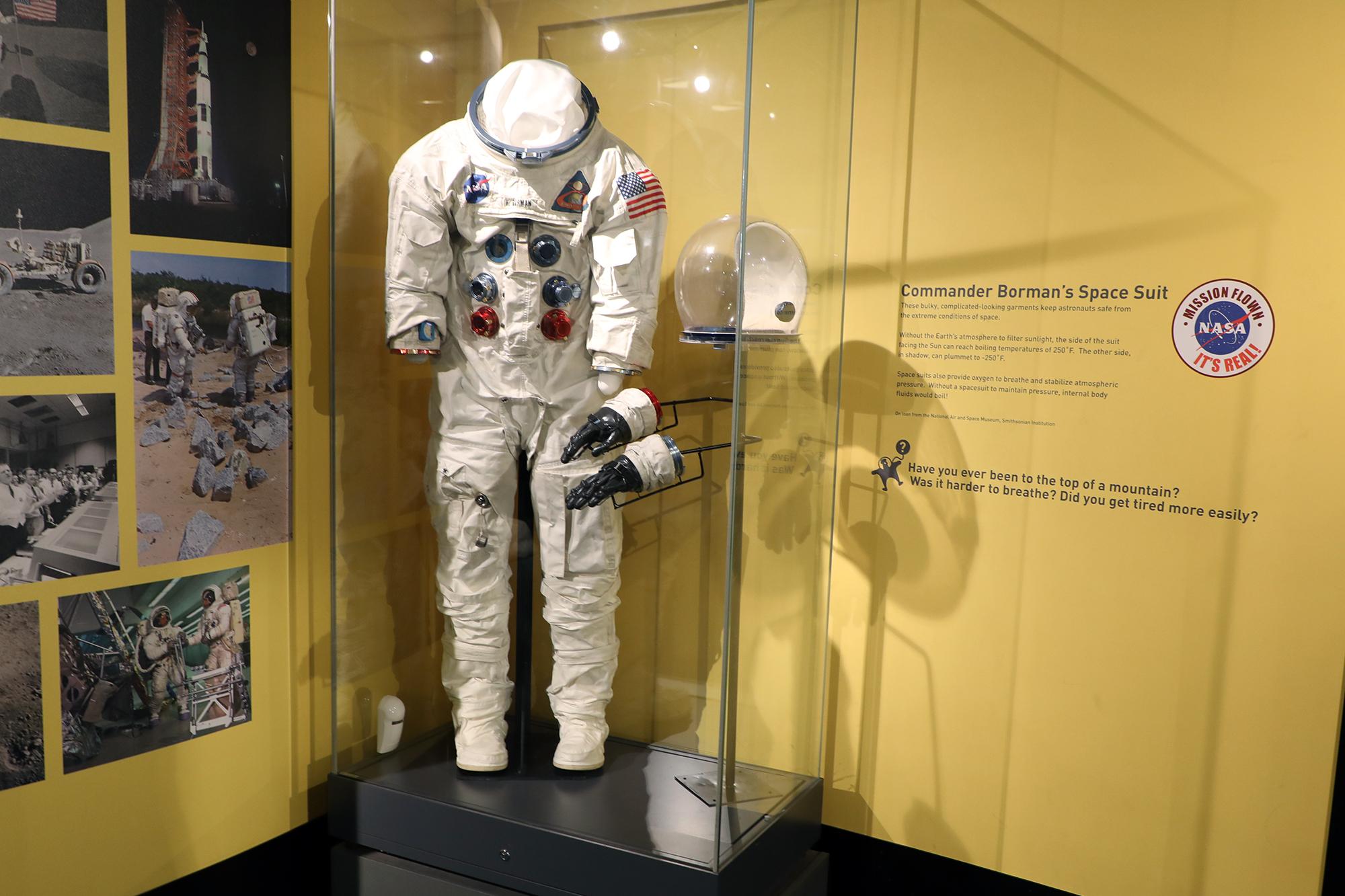Cmdr. Frank Borman's space suit. (Arionne Nettles/WBEZ)