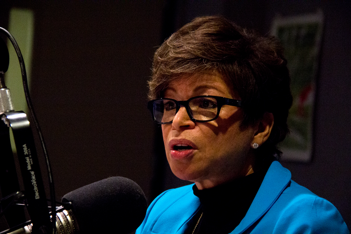 Former White House adviser Valerie Jarrett in studio with 'Morning Shift' host Tony Sarabia. (Andrew Gill/WBEZ)
