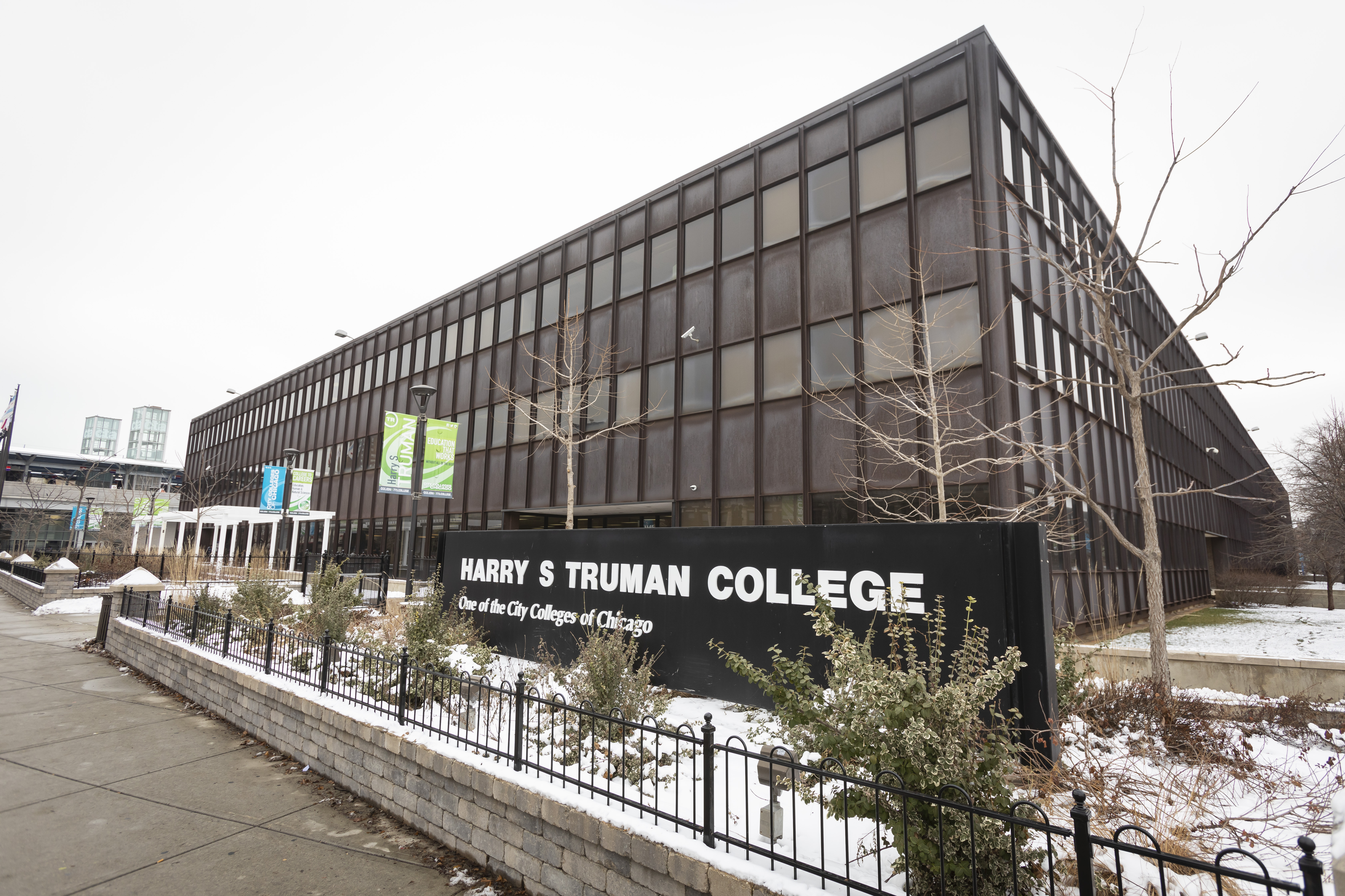 Harry S Truman College at 1145 W. Wilson Ave. in Chicago. (Manuel Martinez/WBEZ)
