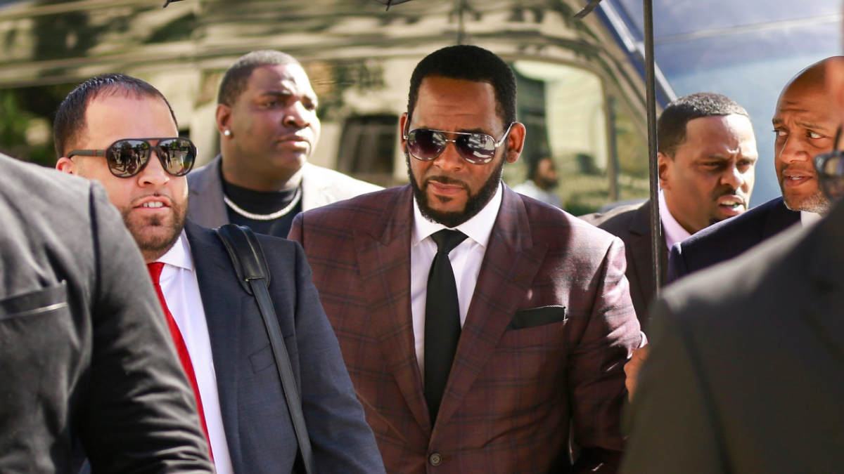 Defense, Prosecutors Spar Over Timeline For R. Kelly Cases