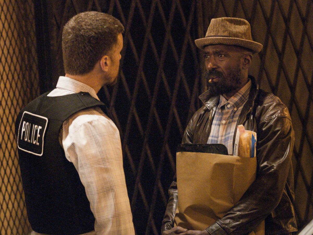 Armando Riesco as Detective Cruz and Ntare Guma Mbaho Mwine as Ronnie. (Matt Dinerstein/SHOWTIME)