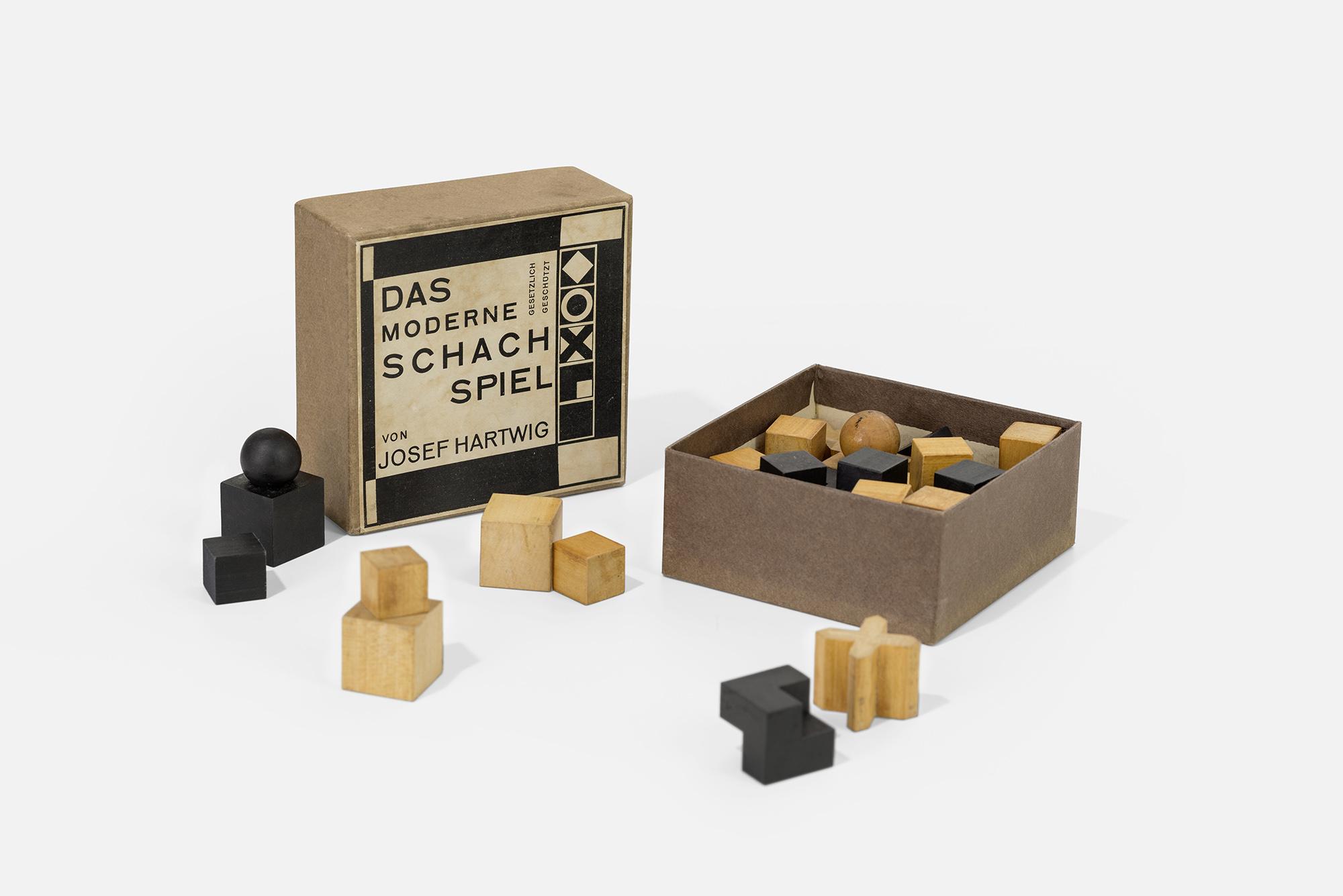 International Exhibit Of Bauhaus School of Design Comes to Elmhurst | WBEZ